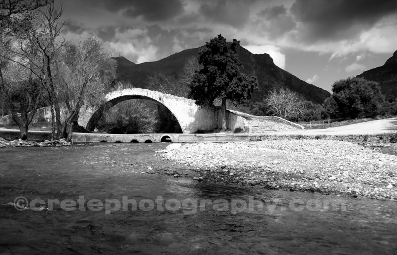 Preveli bridge black and white